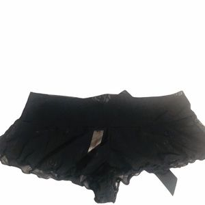 NWOT Gilligan & O'Malley Black Sheer Panty